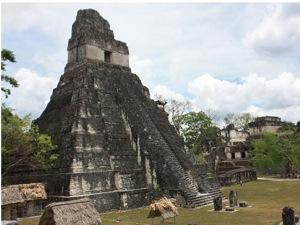 Ученые пытаются разгадать таинственный мир майя.
